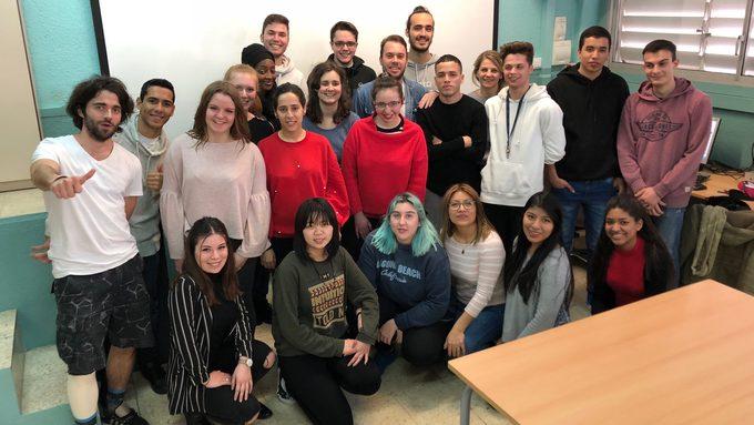 Nos étudiants dans la classe de BTSCI à Poblenou.jpg